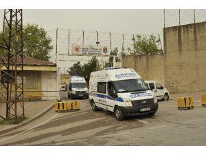 Kadın Cezaevi'nde Yangın: 2'si Ağır 6 Mahkum Yaralı