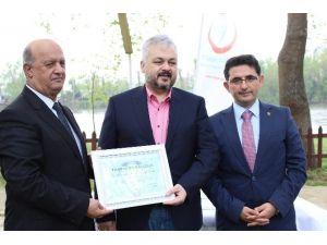 Edirne'de Yılın Hekimlerine Ödülleri Törenle Verildi