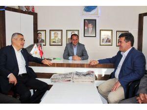 AK Partli'li Savaş, Buharkent Teşkilatını Ziyaret Etti
