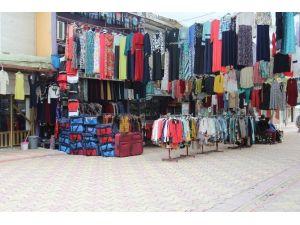 İdil'de Kürdistan Yazılı Tişörtler Toplatıldı