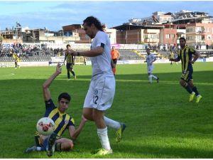 Nazilli Belediyespor, İzmir'den 3 Puan Çıkarttı
