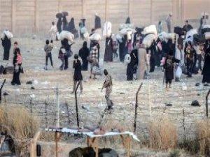 IŞİD Türkiye Sınırındaki El Ray Kasabasını Ele Geçirdi