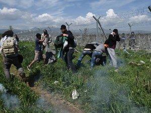 Yunanistan-Makedonya sınırında sığınmacılara gazlı müdahale