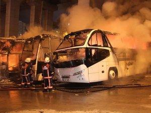 İstanbul otogarında park halindeki 4 otobüs yandı