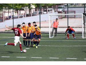 Yenimahalle Görme Engelliler Futbol Takımı, İzmir Çağdaş Görme Engelliler Futbol Takımını Mağlup Etti