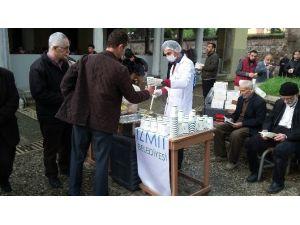 İzmit'te Kutlu Doğum Çorbası İkram Edildi
