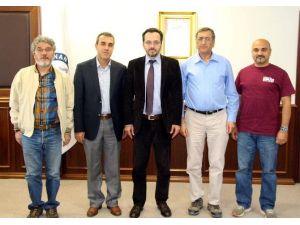 Dünyaca Ünlü Bilim İnsanı Prof. Dr. Butt'tan ADÜ Rektörü Bircan'a Ziyaret