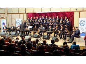 Van'da Ünlü Bestekar Sadettin Kaynak Anısına Konser