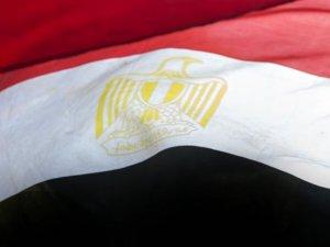 Mısır'da adalar muhalif ve yönetim yanlılarını bir araya getirdi