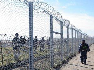 Macaristan sığınmacı girişini engelleyemiyor