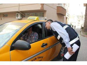 Ticari Taksilerin Denetim Ve Kontrolleri Sürüyor
