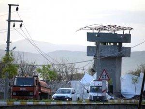 Jandarma Karakoluna Bomba Yüklü Tankerle Saldırıda Şehit Sayısı 2'ye Yükseldi