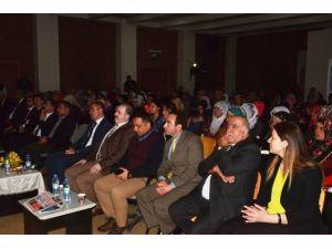 Tuşba'da 'Üniversite Ailelerle Buluşuyor' Konferansı