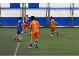Bulanık'ta Halı Saha Futbol Turnuvası