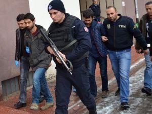 'PKK üyeliği' suçundan 2 üniversite öğrencisine 7,5 yıl hapis cezası
