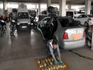 Otomobilin Yakıt Deposunda 12 Kilo Esrar Ele Geçirildi