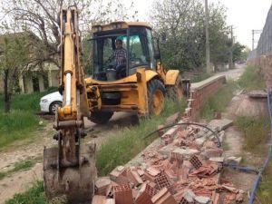 Körfez Belediyesi Yolları Genişletiyor
