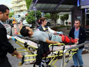 Ayağı Taş Makinasının Altında Kalan İşçi Yaralandı