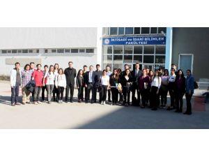 İnsan Kaynakları Programı ile öğrenciler sektöre hazırlanıyor