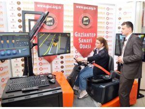 Gaziantep'te Kadınlar İçin Forklift Operatörlüğü Kursu Açıldı