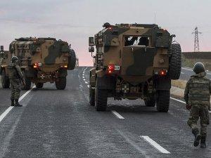 Hakkari'de terör operasyonu : 1 şehit, 4 yaralı