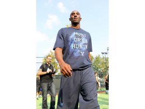 Potanın efsanesi Kobe Bryant; yarın veda ediyor