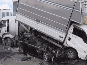 TEM'de 13 araç birbirine girdi! 1 kişi öldü, trafik 1.5 saat kilitlendi