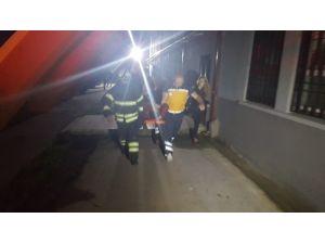 Bacağı Mazgallara Sıkışan Engelli Vatandaşı İtfaiye Kurtardı