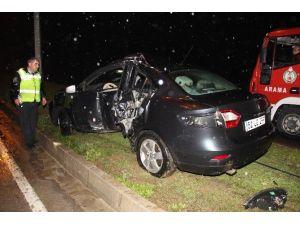 Sigortacılar İstanbul Dönüşü Kaza Yaptı: 1 Ölü, 1 Yaralı