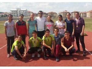 Pazarlar Ortaokulu'nun Atletizm Başarısı