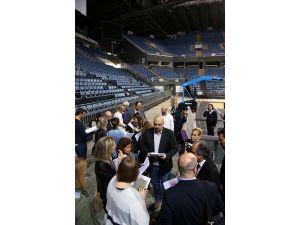 TBF ve FIBA heyeti Sinan Erdem'de inceleme yaptı