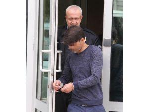 Ev Sahibini Tehdit Edip Tüfekle Ateş Açınca Tutuklandı