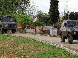 Özgecan'ın katillerine yapılan silahlı saldırıyla ilgili 5 kişi adliyede