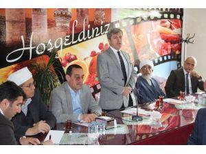 Vali Çınar'dan İstişare Toplantısı
