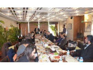 """Asmmmo Başkanı Okkalı: """"Mali Müşavirlerin Üzerindeki Angaryalar Kalkmalı"""""""