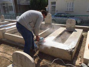 Güney Kıbrıs'ta şehit olan 22 kişiye mezar taşı yapılıyor