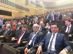 Başkan Yılmaz Sempozyumda Oturum Başkanı
