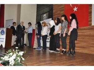 Osmanlı Türkçesi Öğrenip Sertifika Aldılar