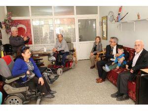 Turgutlu'da Engeller Bir Bir Kalkıyor