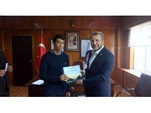 Milletvekili Ahmet Tan: Ahlaklı Ve Eğitimli Gençlerle Hedefe Daha Çabuk Ulaşırız