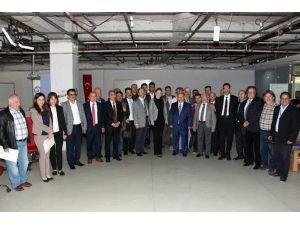 Aydın'da Gazeteciler Basın Kartı Konusunda Bilgilendirildi