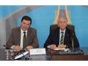 ESOGÜ İle Eskişehir İl Milli Eğitim Müdürlüğü Arasında Eğitim Ve Sosyal Faaliyetler İşbirliği Protokolü İmzalandı