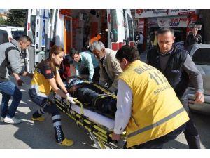 Bozüyük'te Merdivenden Düşen Adam Yaralandı