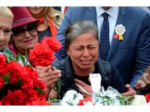 Ankara'daki bombalı saldırıda hayatını kaybedenler anıldı