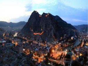 Vali Çomaktekin'den Amasya'da Tarih Yolculuğuna Davet