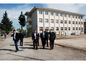 Vali Demirtaş'tan Kahta'da Devam Eden Yatırımları İnceledi