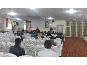 """Dinar'da """"İslam Şiddete Karşıdır"""" Semineri"""