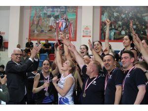 Voleybol Bayanlar 2. Lig Final Etabı