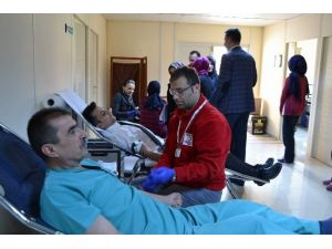 Yozgat Kamu Hastaneleri Birliği Genel Sekreterliğinden Kızılay'a Kan Bağışı