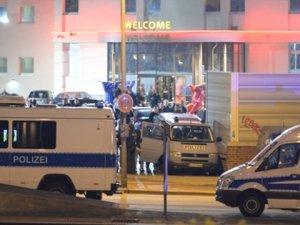 Almanya'nın En Ünlü Genelevine Polis Baskını